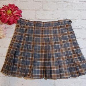 $7 or 3 for $13 - Fei-Li-Lai Pleated Skirt